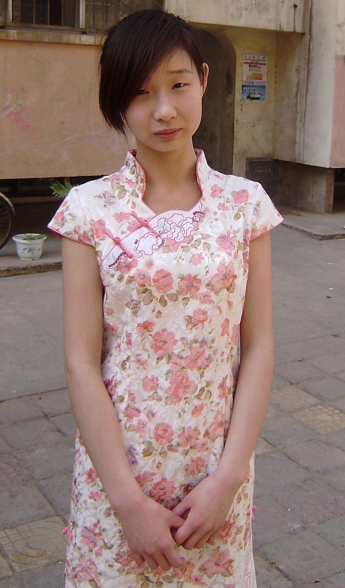 16岁的少女素颜照片; 素颜普通女生照片图片下载