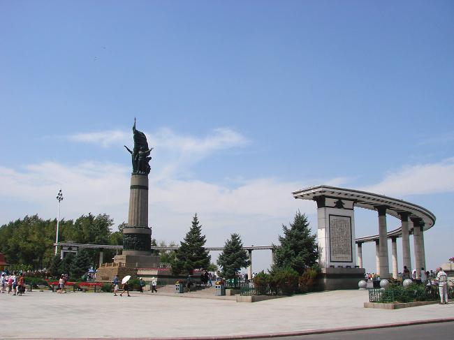 哈尔滨标志性建筑-防洪纪念塔
