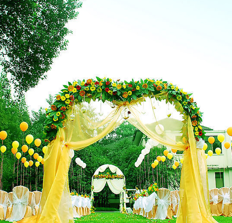 白色欧式廊架 婚礼