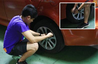 多图详解教您如何拆卸轮胎与更换备胎