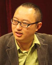 罗小刚:四川方言有舞台魅力