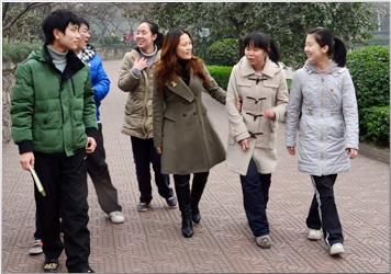 重庆市清华中学副校长漆红娟