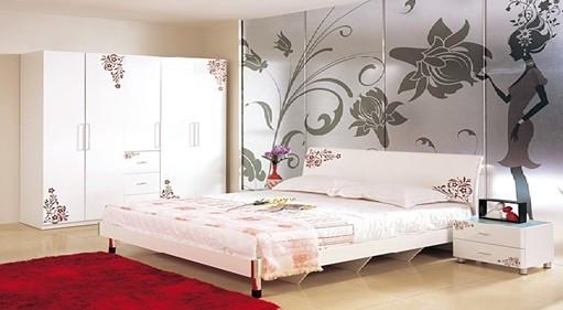 1、该款床主体材质为中密度板,中密度板内部结构匀称、力学性能好,其甲醛含量达到国际E1级标准;采用国内知名品牌大宝、树熊钢琴烤漆,环保型PU底漆和PE面漆经过多次喷涂,具有手感细腻,透明度高,耐黄变等特性;床边四根立柱显示着幽雅和浪漫,并富有欧美的现代感,让你体味它的舒适、温馨与自在。2、床身结构为排骨架床身。3、奥巴玛系列产品清雅、温馨,演绎浪漫、纯真自然时尚生活的韩式家具,从一个细节搭配一种品位,贵族式的家具是一种家具文化、一种生活方式、一种心情和一个人身份的体现。华丽、含蓄的装饰风格,精巧典雅的色调