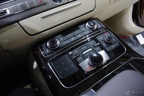 2010款 A8L