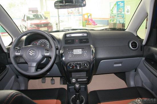 2010款 铃木天语 sx4两厢1.6