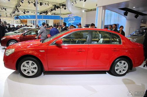2011款奔腾b70升级了轮毂样式高清图片