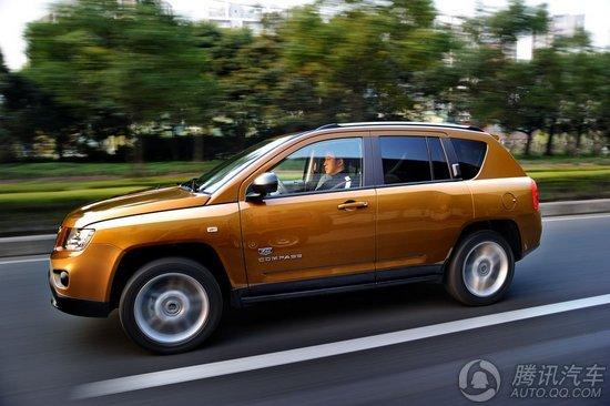 2011款JEEP指南者车身侧面照-竞争力十足 新款指南者与竞品车型对