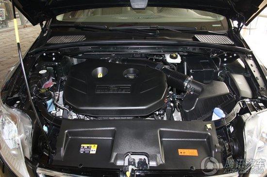 蒙迪欧致胜 动力是本次致胜升级的最大卖点,当然也是我们介绍的重点。新款的致胜分为两个2.0T版本,高功率版车型所搭载的2.0L GTDI涡轮增压直喷发动机的最大功率为176.5kW(240Ps)/6000rpm,而最大扭矩为340N•m/1900-3500rpm,从参数来看这款高功率版的车型的数值非常不错,不论是最大功率还是最大扭矩,尤其是最大扭矩的爆发转速区间都可以算是一流发动机的行列,从官方给出的加速成绩来看,致胜的0-100km的加速成绩为8.