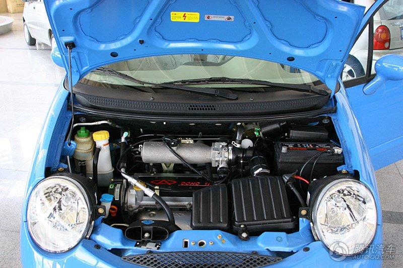 qq3 1.1mt 发动机盖打开