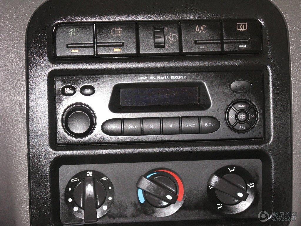五菱之光6389的收音机接线图