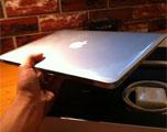 13寸MacBook Air软件升级修正死机问题