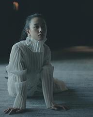 李梦薄纱白裙仙气十足