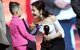 刘涛摘文荣奖视后 我却被她的笑容暖化了