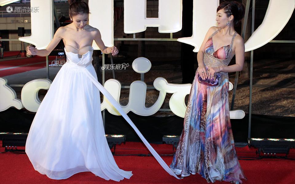 《娱乐底片》第27期:女明星的尴尬意外_孙菲菲