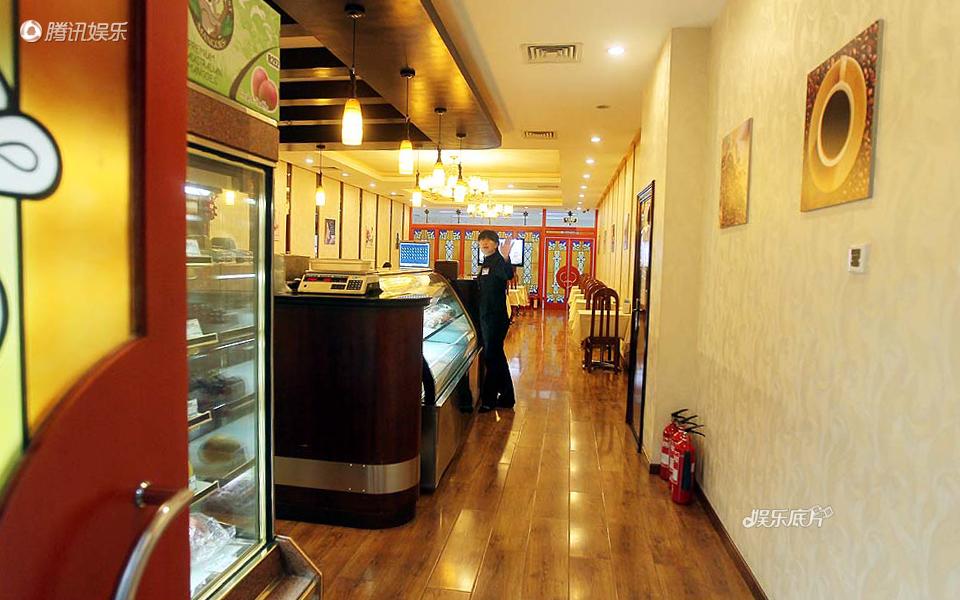 《娱乐底片》29期:这里,春晚的另一个舞台_咖啡厅