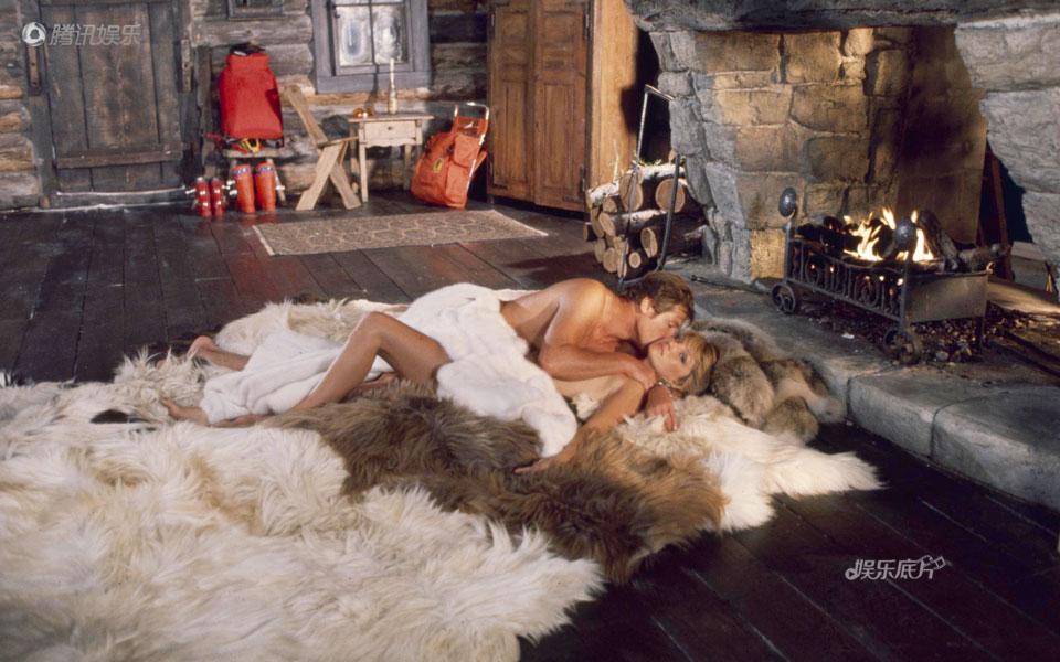 《娱乐底片》32期:邦德与他们的女郎