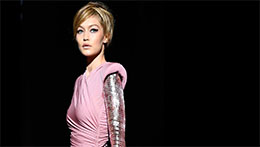 Tom Ford拉开纽约时装周序幕 中国彩妆市场口红最红最最红