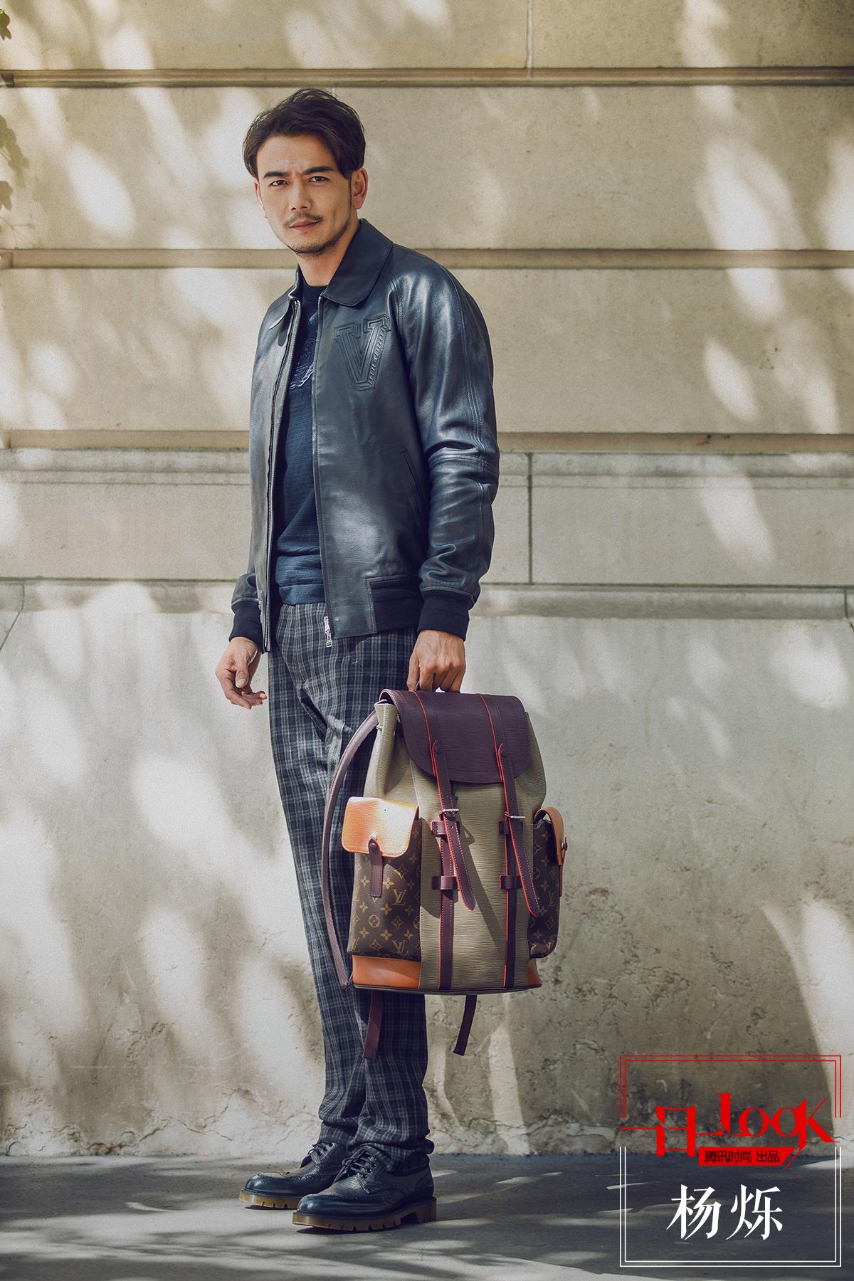 """一日一look 看""""行走的荷尔蒙""""杨烁如何在巴黎街头发散出专属他的绅士魅力"""