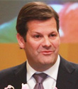 庞巴迪公司总裁、首席执行官皮埃尔・布多昂