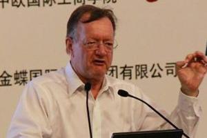 约翰-奎尔奇:企业应牢记战略与执行间的平衡