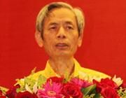 中国房地产业协会副会长朱中一