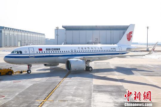 该架飞机为空客a320neo飞机,由位于中国天津的空中客车亚洲总装线完成