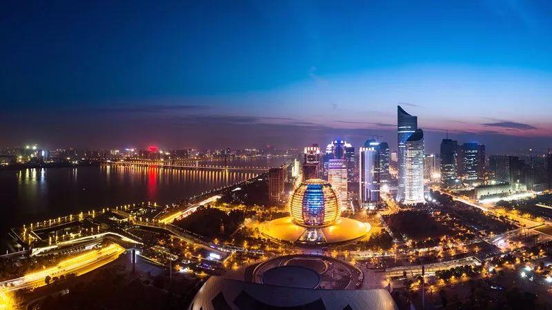 中国最强���.�a�9a�_从a股看中国最强城市群pk:珠三角长三角争霸
