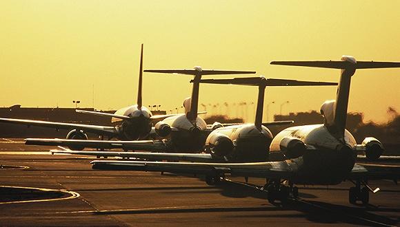 国际上一些小飞机生产厂商开始在国内建立生产线,包括小型通用航空器