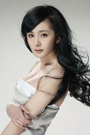 杨幂驾到 仙剑3电视剧女一号代言网游