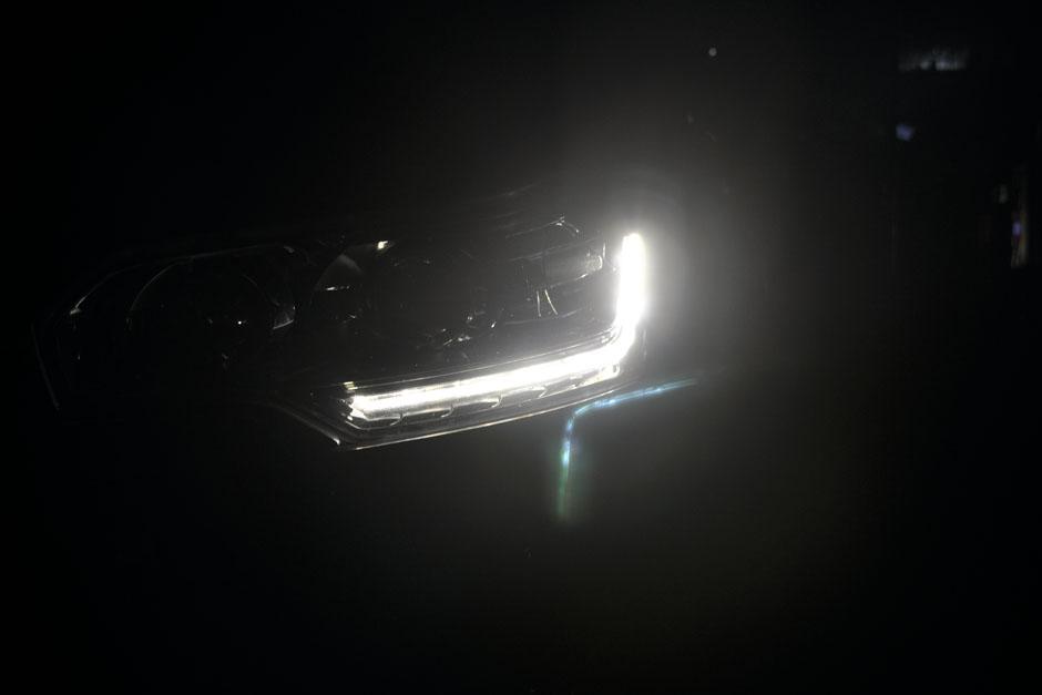 汽车顶部星空设计