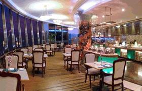 武汉雅景阁旋转餐厅:惬意浪漫 快乐美食