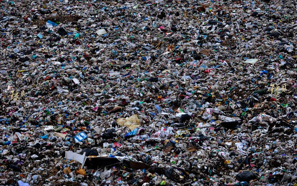 豫见第七期:垃圾堆上的童年03