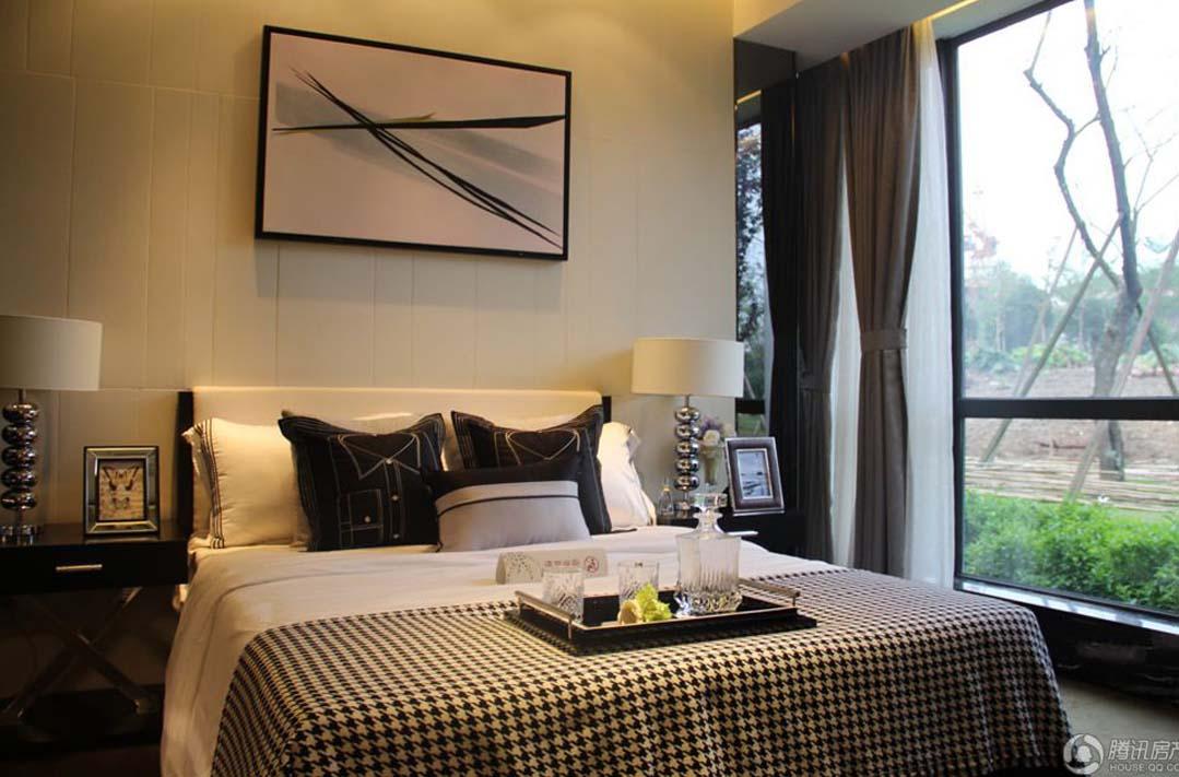 背景墙 房间 家居 起居室 设计 卧室 卧室装修 现代 装修 1079_711