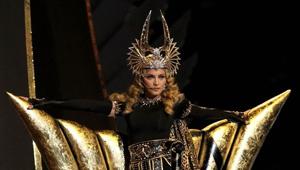 麦当娜性感女神玩转时尚世界