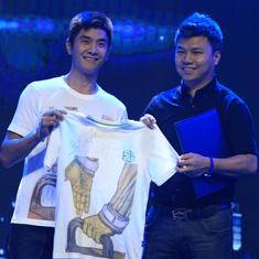 奥运冠军邢傲伟捐赠签名T恤