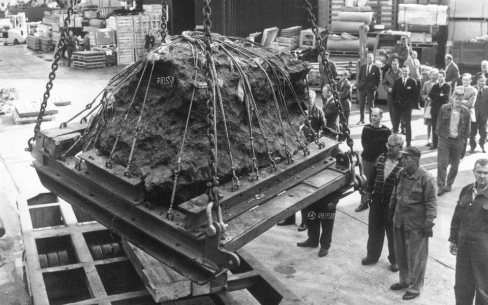 《视界》:一颗陨石引发的故事