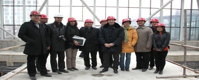 ptw主设计师协专家团队莅临万隆广场验审考察